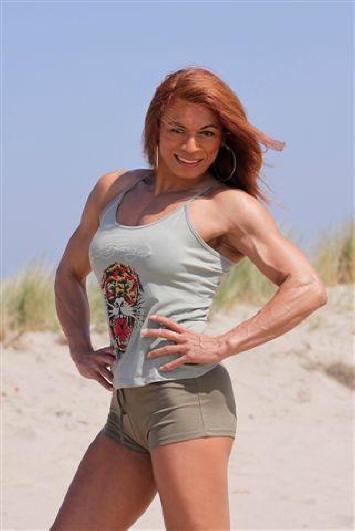 Body Building Dames